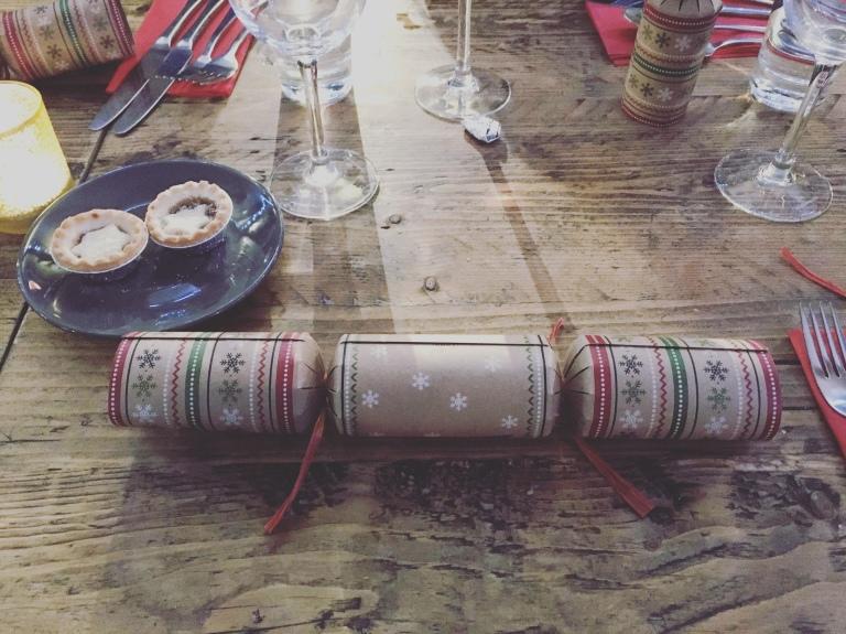 聖誕拉炮和肉餡餅